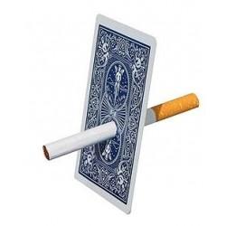Sigaretta attraverso la carta