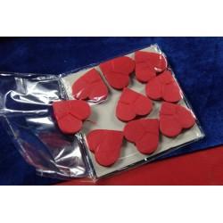 Cuori di carta rossi