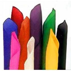 Set di 7 fazzoletti colori assortiti. 21cm x 21 cm