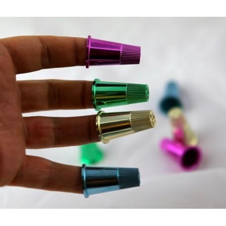 Ditali per manipolazione ( 8 ditali plastica colorati )
